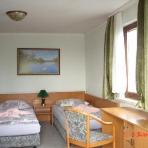 Hotelbilleder: Pension zum Schwanenteich, Süplingen