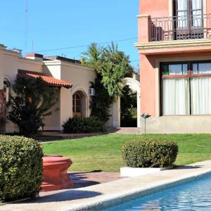 Hotel Pictures: Hotel Draghi, San Antonio de Areco