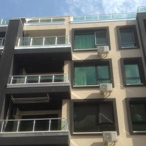 Фотографии отеля: Millennium Apartment, Поморие