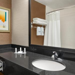 Hotel Pictures: Fairfield Inn & Suites Lima, Lima