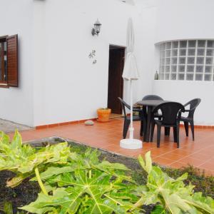 Hotel Pictures: Villa Placeres, Guatiza