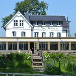 Hotelbilleder: Burger Fährhaus, Burg