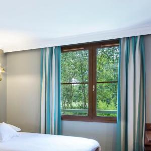Hotel Pictures: Hôtel Des Pirates, Dolancourt