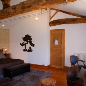 Hotel Pictures: Domaine des Doucins & Spa, Fontaines-d'Ozillac
