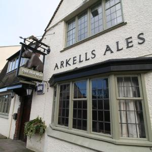 Hotel Pictures: The Old Bear Inn, Cricklade