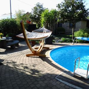 Hotel Pictures: Relax Garden, Hulshout