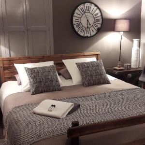 Hotel Pictures: La Maison de Sophie, Vaumeilh