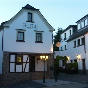 Hotel Pictures: Hotel Restaurant Zur Pfanne, Urbar-Mayen-Koblenz