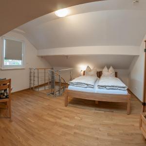 Hotel Pictures: Haus Vis a vis, Waldfischbach-Burgalben