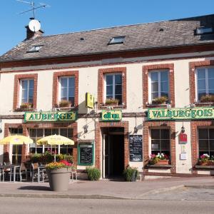 Hotel Pictures: Logis Auberge du Valburgeois, Sainte-Gauburge-Sainte-Colombe