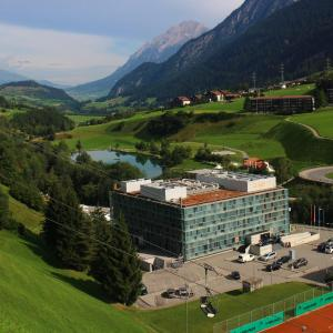 Hotel Pictures: Cube Savognin incl. Skipass/Liftticket, Savognin