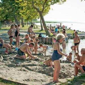 Hotelbilder: Fenyves Beach House, Balatonfenyves