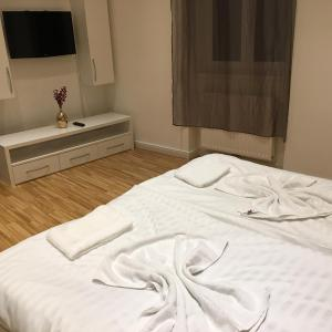 Hotel Pictures: Schönbrunn area Apartment, Vienna