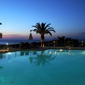 Hotel Pictures: Frida Apartments, Chania Town