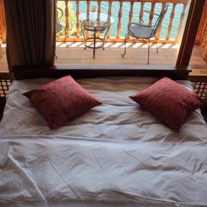 Hotel Pictures: Lu Gu Lake Qian Wang Hotel, Yanyuan
