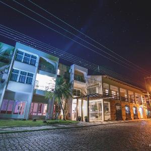 Hotel Pictures: Hotel Sandrini, Tubarão