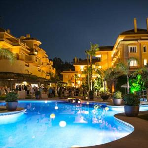 Hotel Pictures: Aloha Apartment, Marbella