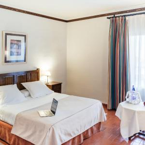 Hotel Pictures: Parador de Manzanares, Manzanares