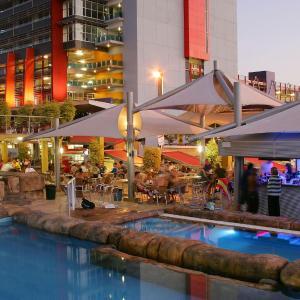 Fotos de l'hotel: Melaleuca on Mitchell - Darwin YHA, Darwin