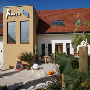 Hotelbilleder: Weingut Perner, Ehrenhausen