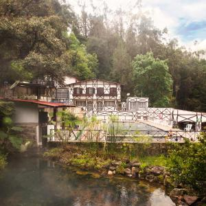 Hotel Pictures: Termales Los Volcanes, Machetá