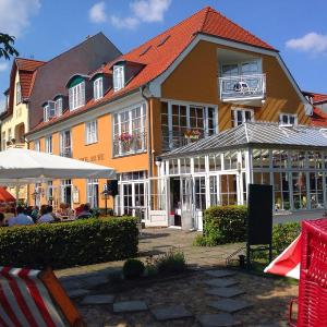 Hotel Pictures: Altes Kasino Hotel am See, Neuruppin