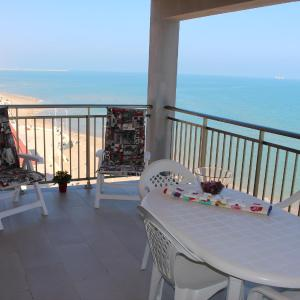 Hotel Pictures: Apartment Núria 1, Playa de Miramar