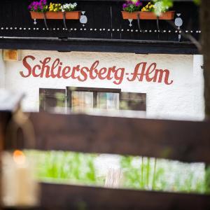 Hotel Pictures: Schliersberg Alm, Schliersee