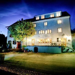 Hotelbilleder: Gasthof & Pension Hirschen-Stetten, Hohentengen
