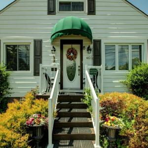 Hotel Pictures: Williams Gate Bed & Breakfast Private Suites, Niagara on the Lake
