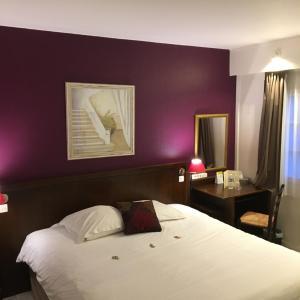 Hotel Pictures: Hôtel Les Nymphéas, Chaufour-lès-Bonnières