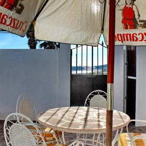 Hotel Pictures: Apartamento Playa de Bolonia, Bolonia