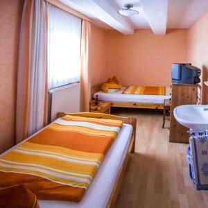 Hotel Pictures: Lindenschänke, Werl