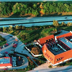 Hotel Pictures: Motorest a Motel Rohlenka Austerlitz, Tvarožná