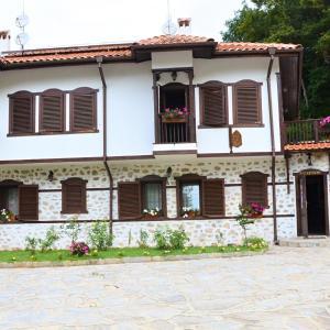 Φωτογραφίες: Family Hotel Dinchova kushta, Rozhen