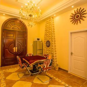 Hotel Pictures: Qing Yuan Gao Pin Hui Bai Lao Hui Superior Spa Villa, Qingyuan