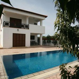 Hotel Pictures: Villa Oceanic, Pyla