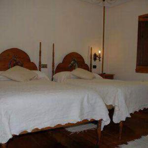 Hotel Pictures: El Urogallo, Noceda