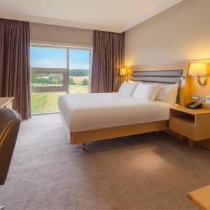 Hotel Pictures: Hilton at St George's Park, Needwood