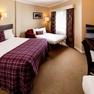 Hotel Pictures: Mercure Chester Abbots Well Hotel, Chester