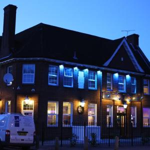 Hotel Pictures: The Bull and Bush Hotel Kingston, Kingston upon Thames