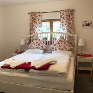 Hotel Pictures: Ferienwohnung Magdalena, Schliersee
