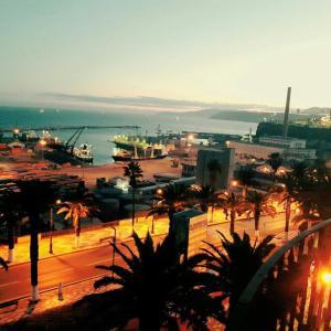 Hotel Pictures: Appartement Haussmannien - Front de Mer oran, Oran