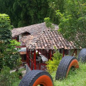 Hotel Pictures: Finca Neira - Eje Cafetero, Neira