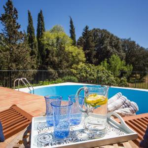 Hotel Pictures: Mallorca villa with pool, Sencelles