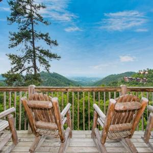 Hotellikuvia: Solid Gold- One-Bedroom Cabin, Sevierville