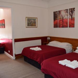 Hotel Pictures: Heatherbank Guest House, Barnet