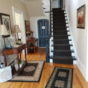 Hotel Pictures: Quartermain House Bed & Breakfast, Fredericton