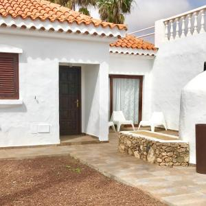 Hotel Pictures: Villa La Charlatana, Caleta De Fuste