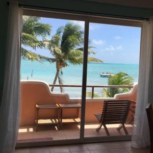 Φωτογραφίες: Seaside Villas Second floor unit # 3, Caye Caulker
